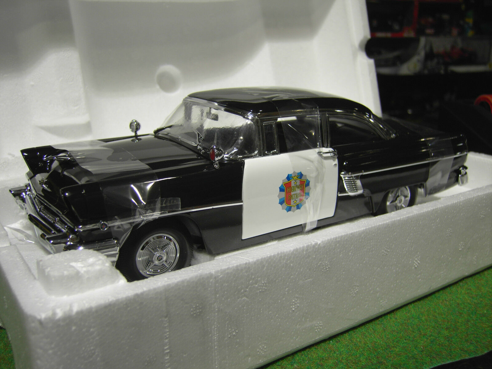 MERCURY MONTCLAIR 1956 HARD TOP POLICE CAR 1/18 voiture miniature SUN STAR 5146