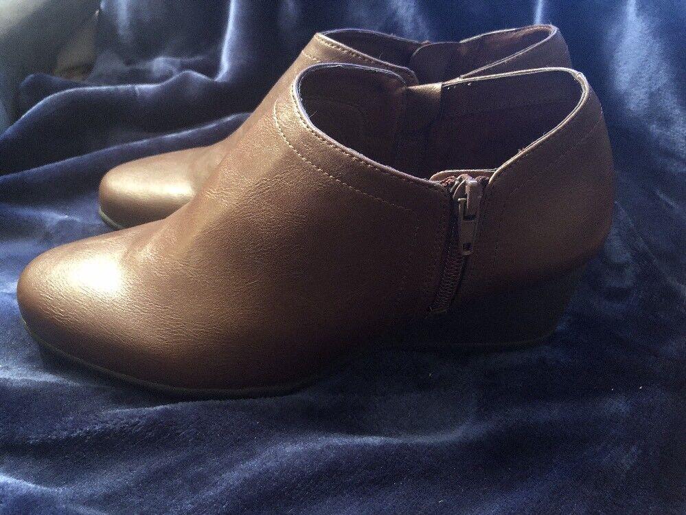 DR SCHOLL'S WOMEN'S FORDEY BROWN COGNAC WEDGE BOOTIES - NWOB - NEW BOOTS!