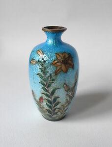 Ancien-petit-vase-en-cloisonne-JAPONAIS-TSUIKI-JIPPO-FLEURS-JAPON-19eme-1