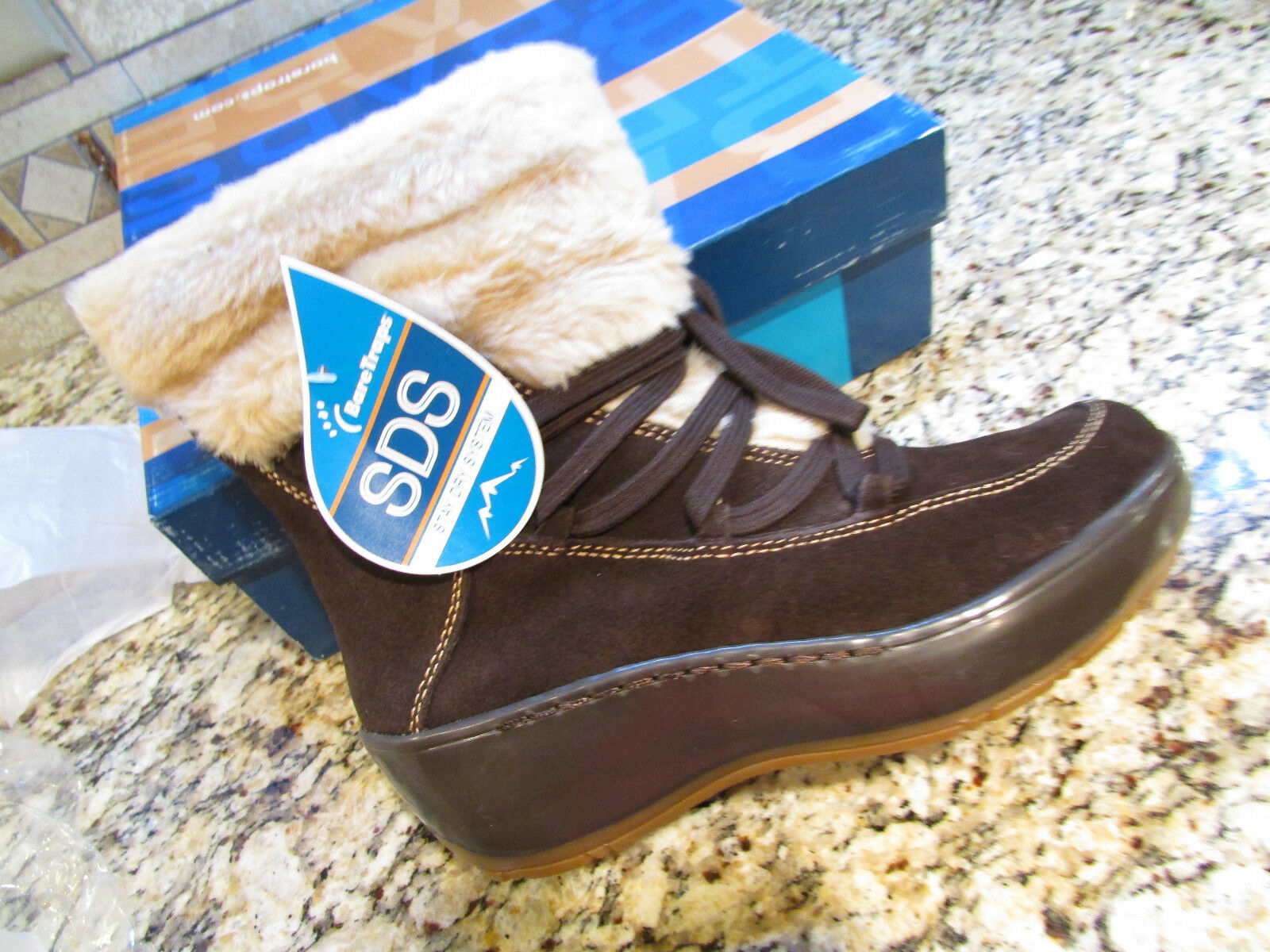 NEW BARETRAPS STAY DRY FLURRY ANKLE BOOTS WOMENS 8  BROWN SUEDE