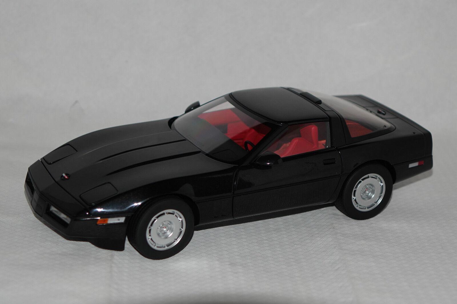 CHEVROLET CORVETTE c4 1986 Noir 1 18 AUTOart NEUF & ovp71242