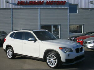 2015 BMW X1 XDrive28i AWD / PANORAMIC ROOF / EASY FINANCE!!!!!