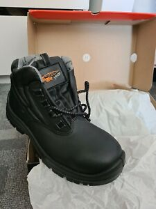 Light Year Steel Toe Safety Boots Black