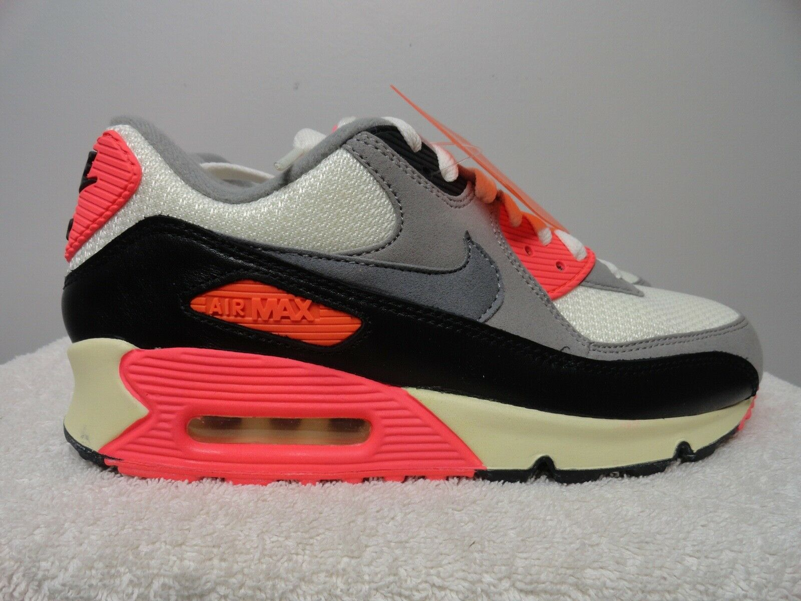 Nike air max 90 OG  release 2012 size 7  new in box