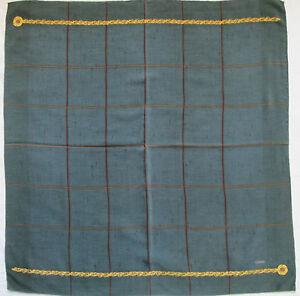 Superbe-Foulard-CHANEL-100-soie-TBEG-vintage-scarf