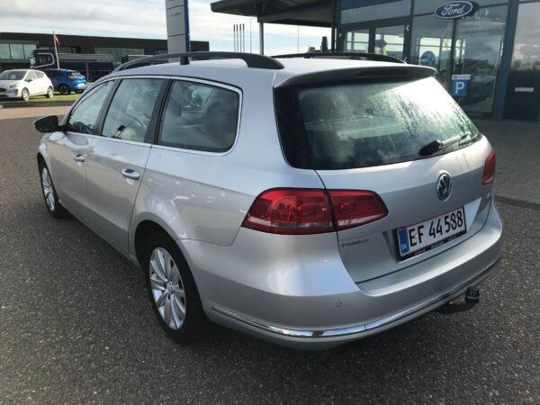 VW Passat 2,0 TDi 140 Comfortl. Vari. DSG BM - billede 2