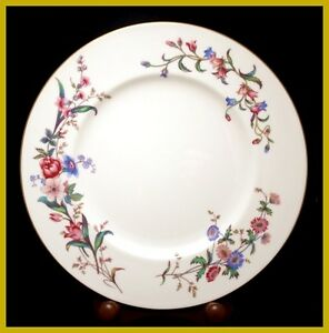 Wedgwood-Devon-Sprays-10-3-4-Inch-Dinner-Plates