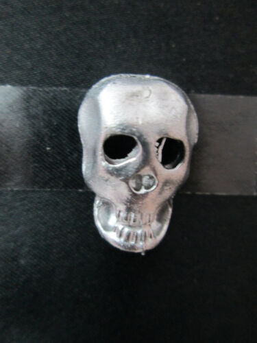 Dollhouse Miniature Unfinished Metal Skull Mask