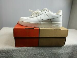 Details about Vintage Nike AIR Force 1 Low Men's sz. 7 Running Shoes 306901 111 White