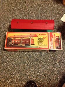 Model Railroad - Lionel - 0 Scale - Station Platform 6-2256 - metal posts