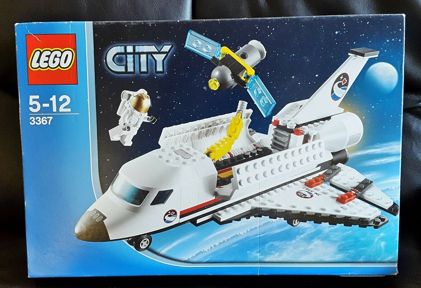 LEGO CITY - 3367 - SPACE SHUTTLE - NEW BUT OPENED   DAMAGED BOX - RETIRED 2013