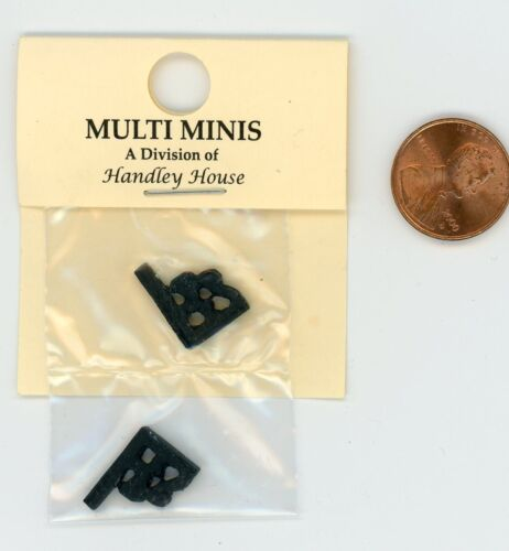 "Miniature Dollhouse Pair of Black Metal Brackets  1//2/"" X 5//8/"""