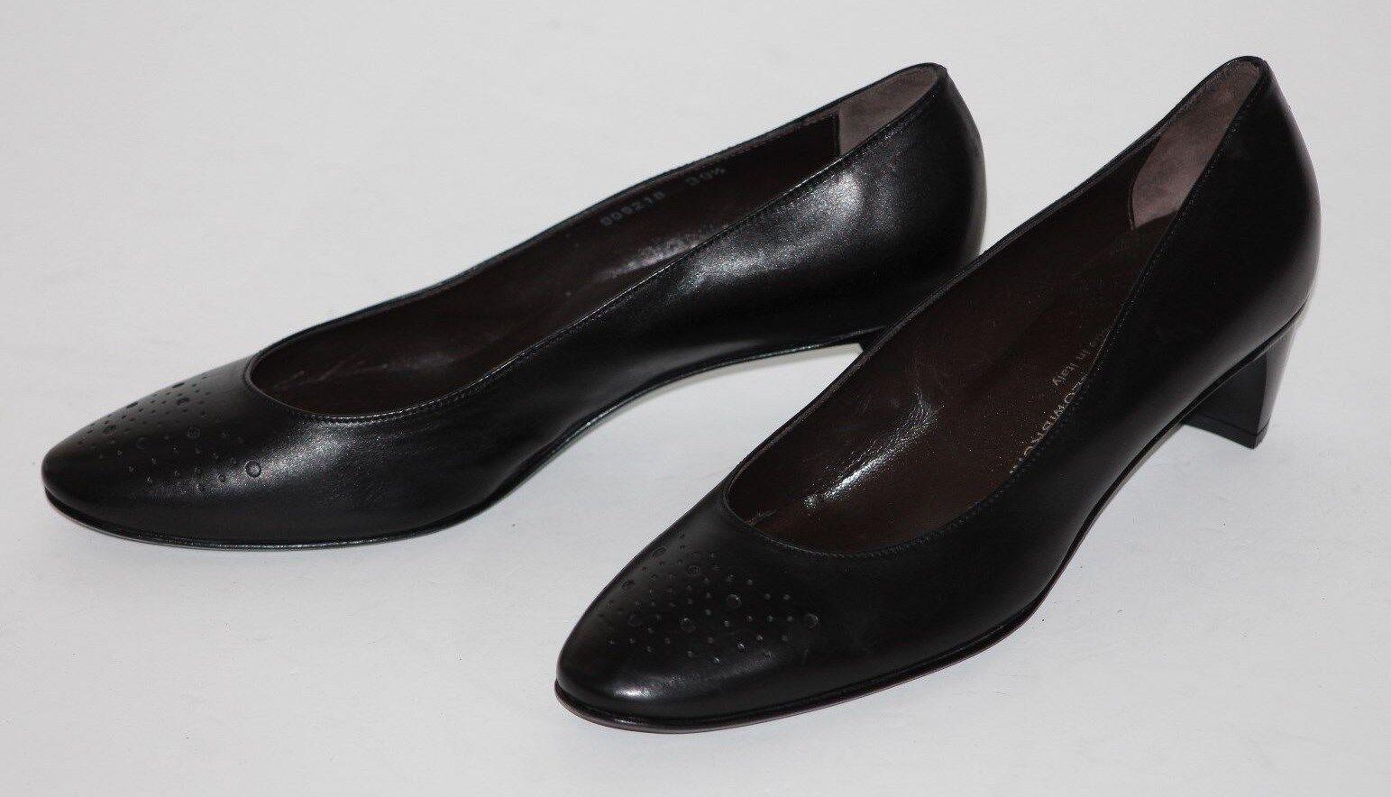 Attilio Giusti Leombruni 9.5 Black Calf All Leather Pump 1.25