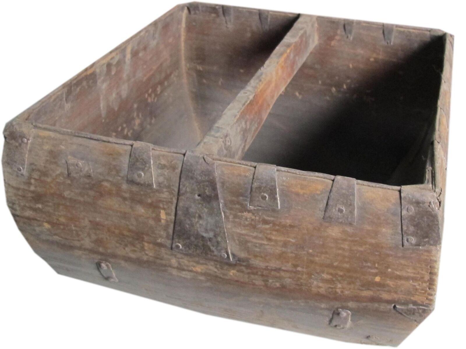 Asian Loft Vintage Round Wooden Box