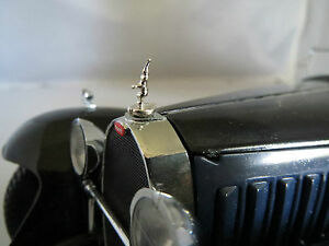Franklin-Mint-1-24-Bugatti-Royale-Metal-Hood-Ornament-Only