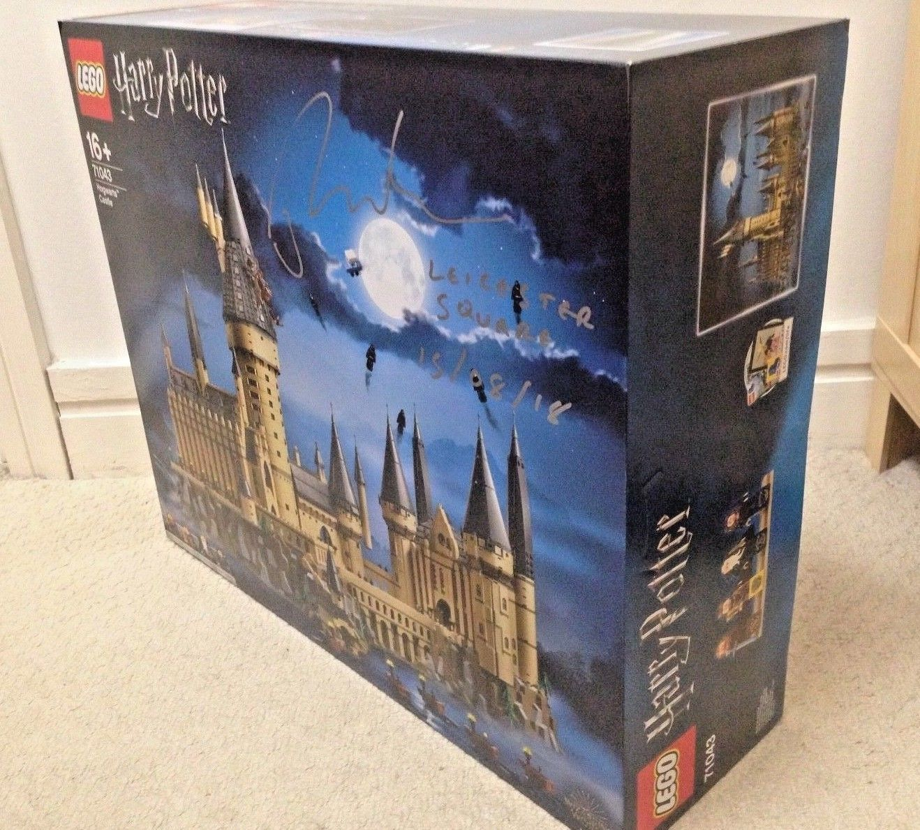 NEW SIGNED LEGO 71043, HARRY POTTER HOGWARTS CASTLE & FLYER, VIP READY TO POST