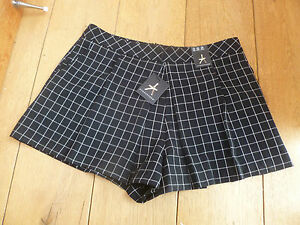 ATMOSPHERE PRIMARK BLACK WHITE SQUARE CHECK SMART SHORTS SKORT SKIRT SHORTY NEW