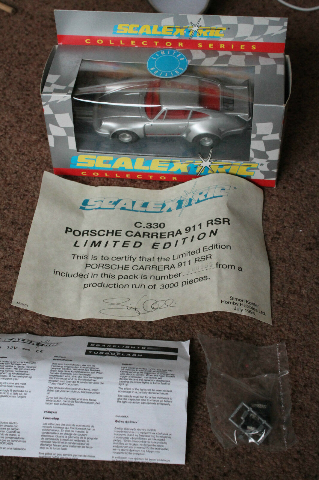 BOXED SCALEXTRIC C330 PORSCHE CARRERA 911 RSR LIMITED EDITION RARE MINT WITH COA