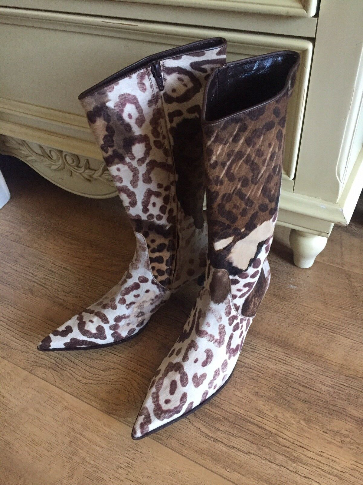 Women's Leather   Fur Leopard Print Pointy Boots, Size 6  Boutique