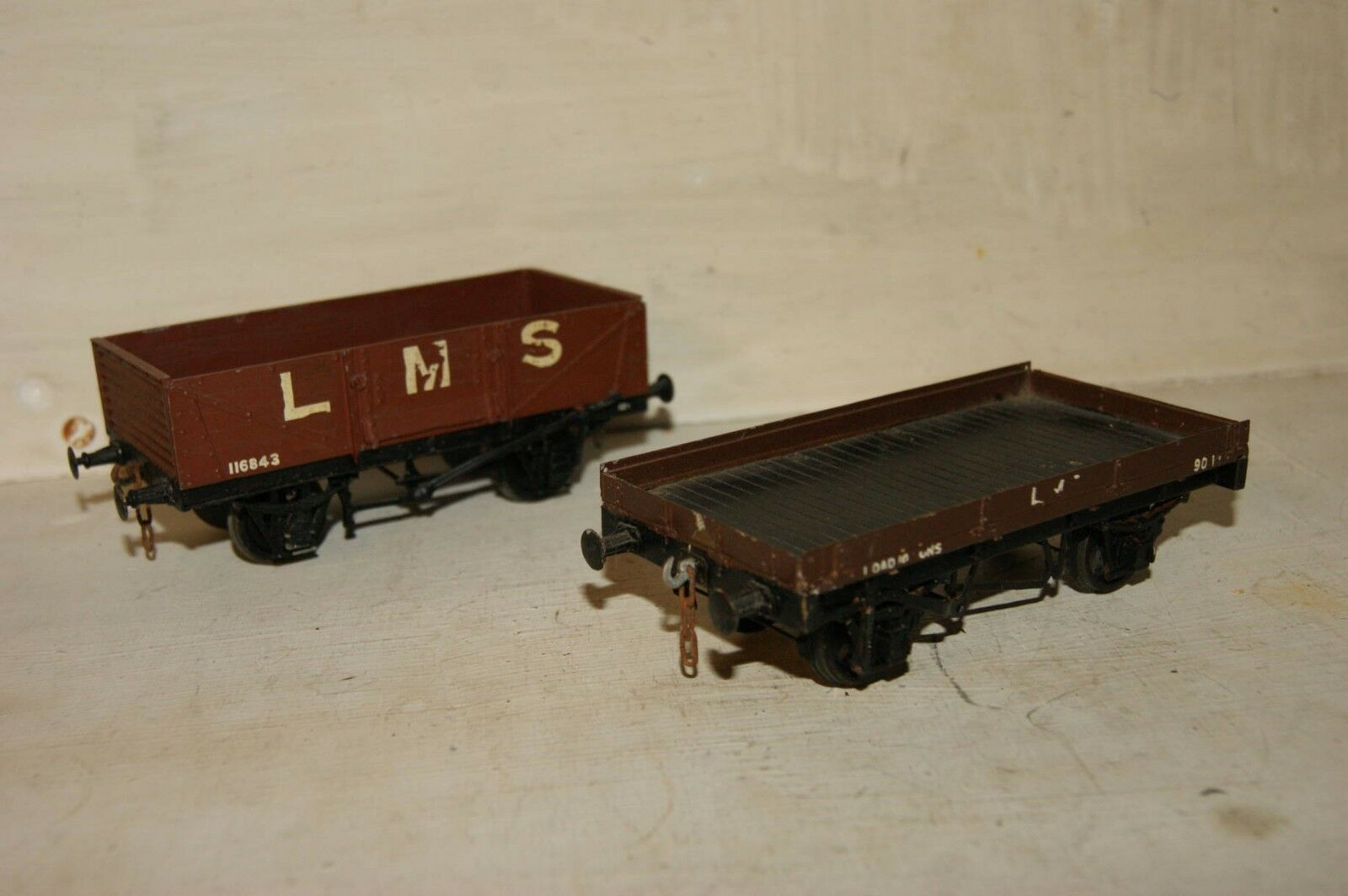 7mm 7mm 7mm O gauge 2x KITBUILT Brass Whitemetal Open Flat XP Wagon Brown Livery LMS NE 1b5f73