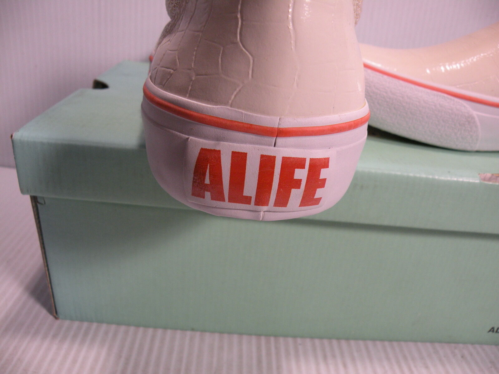 ALIFE GATOR LOW SLIP-ON SNEAKERS MEN SHOES WHITE CRS03-S06 SIZE 11 NEW