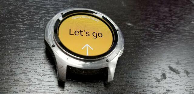 Samsung Galaxy Watch 46mm Silver SM-R800 (Bluetooth) Great Discounted NW3047