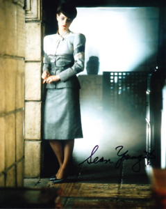 SEAN-YOUNG-as-Rachael-Blade-Runner-GENUINE-SIGNED-AUTOGRAPH
