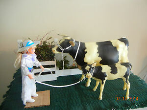 8104d9c48e706 Matched set CM leather Cow and Calf Show Halter inc bell for Cow