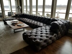 Superb Condition Restoration Hardware Soho Leather Tufted Sectional