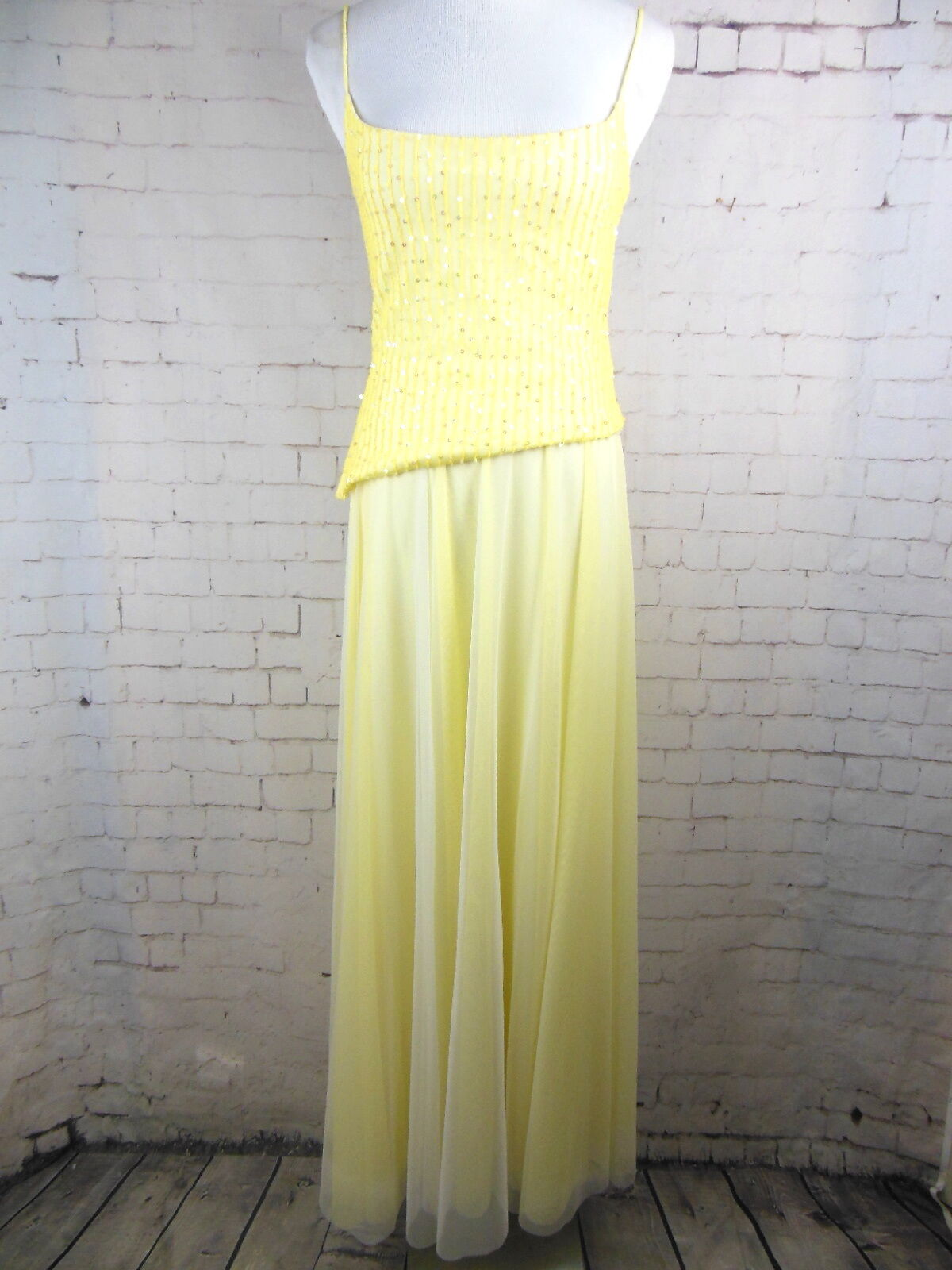 ..ALEXIA ADMORE Yellow Sequined Sleeveless Tank Top Maxi Skirt Set Sz 4