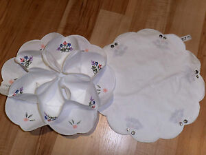 Beautiful-Cotton-Embrodiered-Roll-Cake-Holder-Mille-Fleur-New