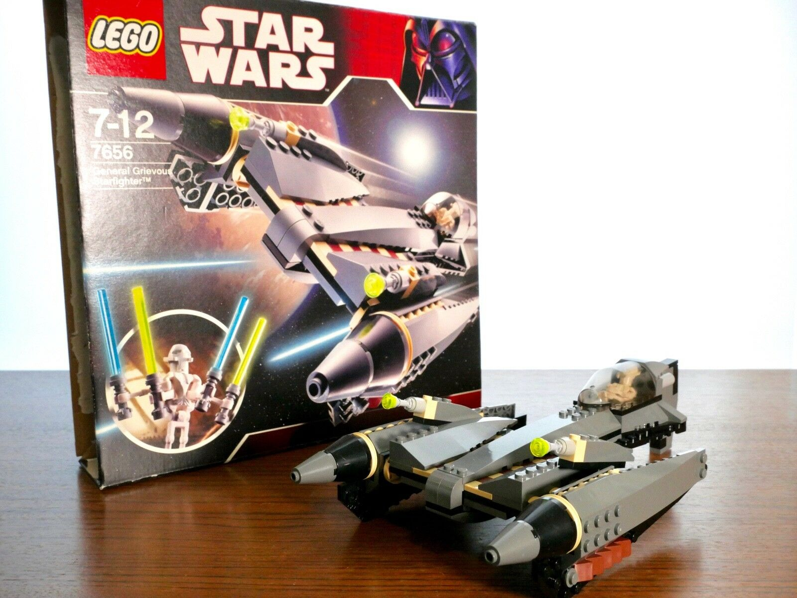 LEGO Star Wars 7656 General Grievous Starfighter - Box & Instructions