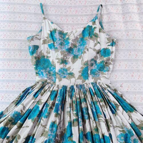 Vintage 1950s Blue Floral Sundress