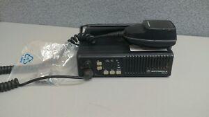 Motorola-Maxtrac-UHF-low-split-32-channels-45-watts-403-430-Mhz