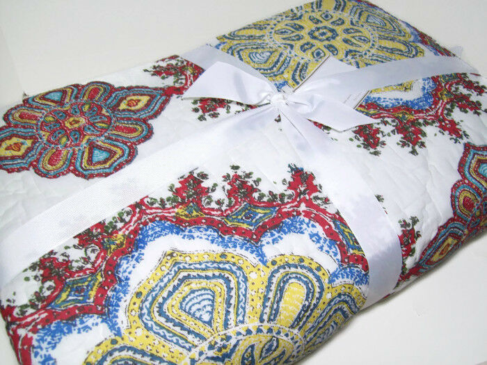 Pottery Barn Multi colors Adina Medallion Full Queen Quilt 2 Standard Shams New
