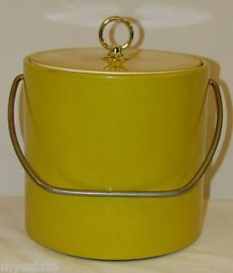 Vintage ICE BUCKET WITH LID & METAL HANDLE BRIGHT YELLOW Plastic White Interior