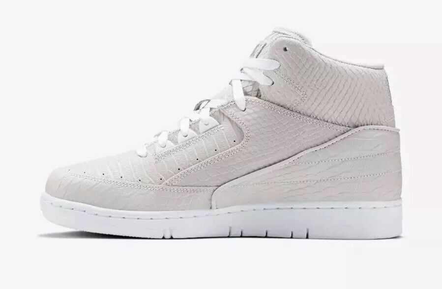 150 Nike Air Python PRM Men's Size 8.5 shoes White Metallic Silver 705066-100