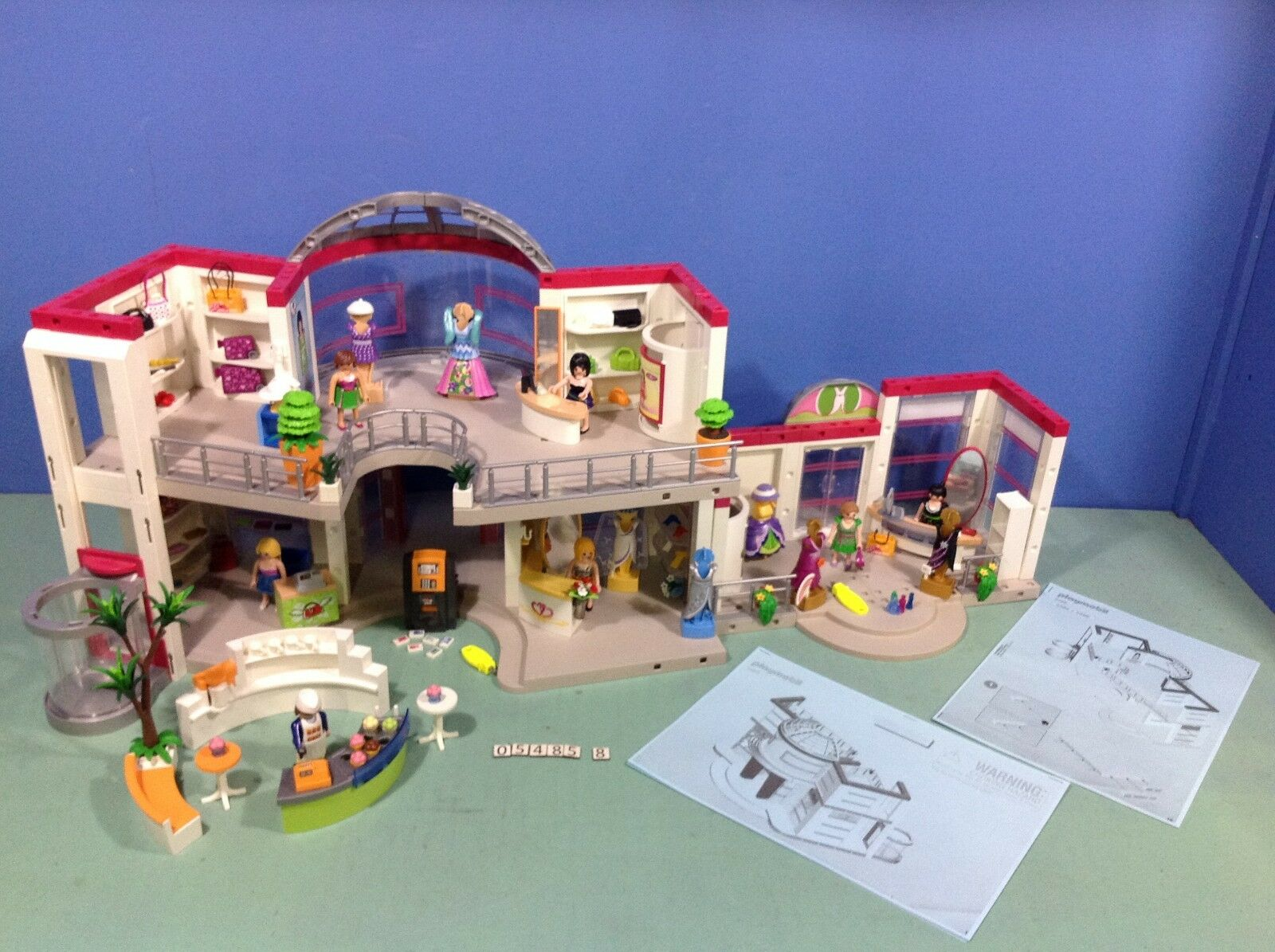 (O5485.8) Playmobil grand magasin ref 5485 + extension ref 5486