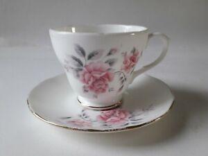 Vintage-Duchess-Pale-Pink-Roses-Cup-amp-Saucer-Set-Fine-Bone-China