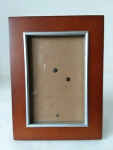 Brown-Composite-Wood-Silver-Tone-Trim-Picture-Frame-3-1-2-034-x-5-1-2-034