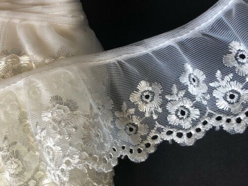 """laverslace Ivory Satin Floral Eyelet Gathered Embroidered Tulle Lace Trim 2/""""//5cm"""