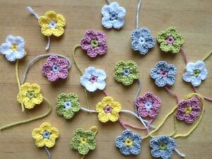 20-Mixed-Summer-Colours-Handmade-Crochet-Daisy-Flowers-4cm-diameter