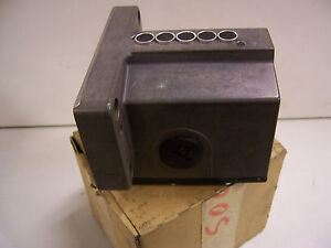 BALLUFF-BES-516-B5-EJ-12-602-11-5-way-Proximity-Limit-Switch-BRAND-NEW