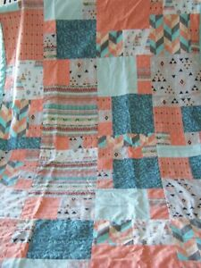 Couverture-de-style-courtepointe-pour-bebe-Tee-pee-blanket-quilt-for-baby