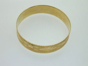 Vintage-9ct-Gold-Fixed-Bangle-Bracelet-Textured-Faceted-Pattern-21-5g-7-3-4-034