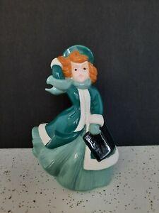 Vintage-Atlantic-Mold-Hand-Painted-Ceramic-Girl-Christmas-Caroler-8-1-2-034
