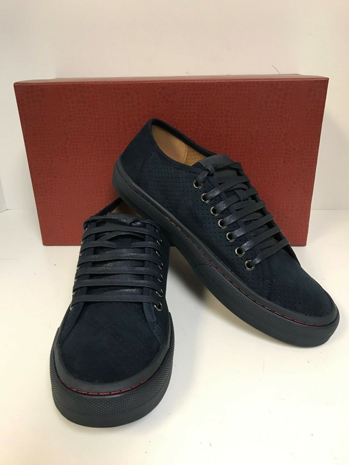 Donald Pliner Dan-TC Navy Perforated Tumbled Calf Laceup scarpe da ginnastica