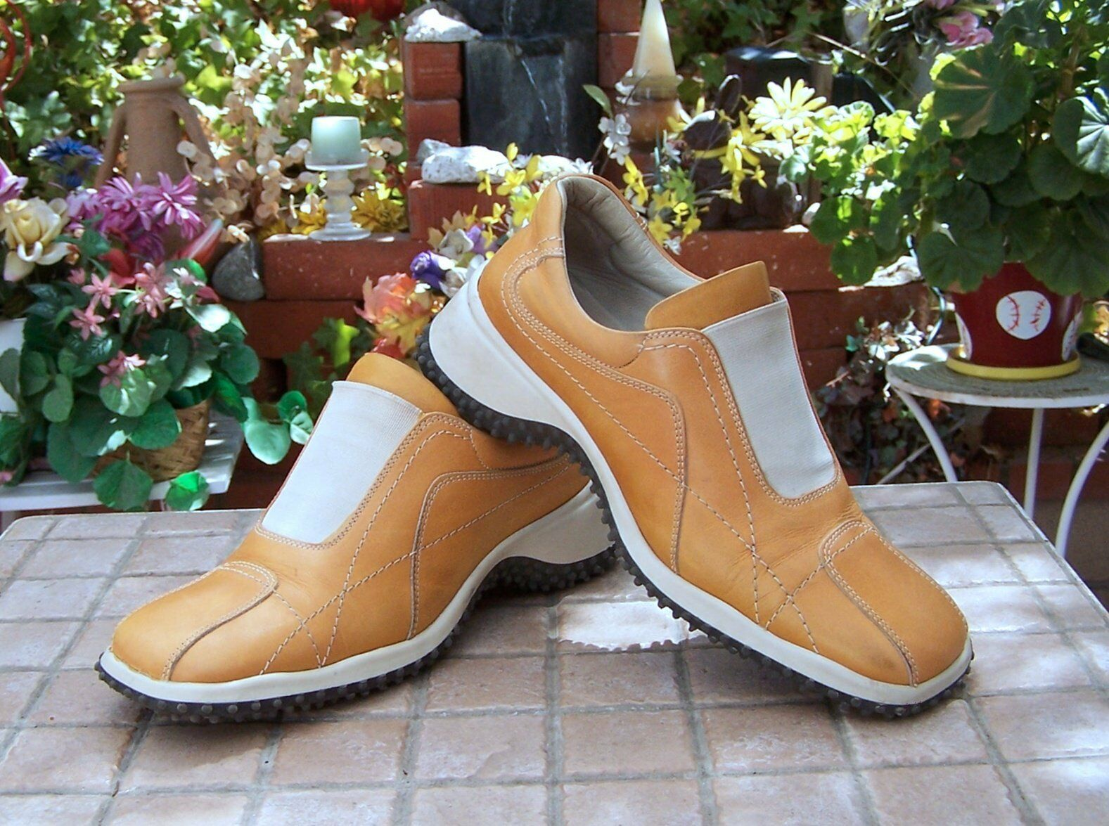 Women's shoes TRIVER FLIGHT  US 6 (EU 36) Tan Leather. NICE
