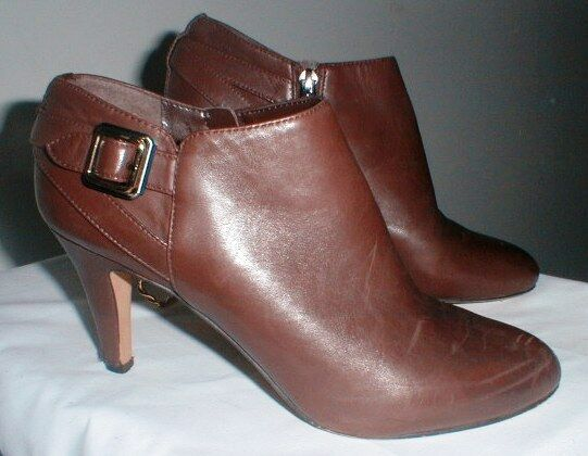 VINCE CAMUTO LEATHER SIDE ZIP HIGH HEEL ANKLE BOOTIE SHOE SIZE 9 M