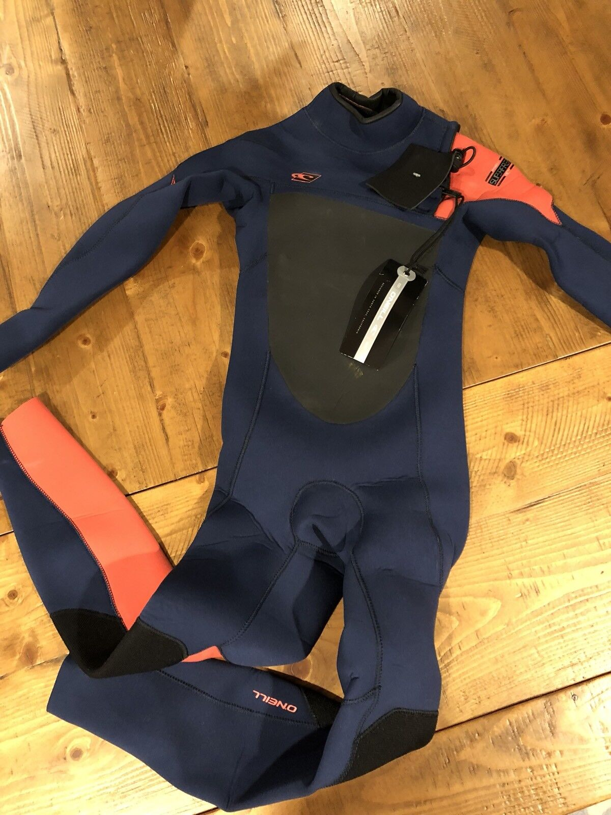 NEW O'Neill Youth Superfreak Fuze 3 2mm Wetsuit Size 8 Front Entry